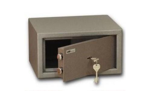 Кому нужен домашний сейф?